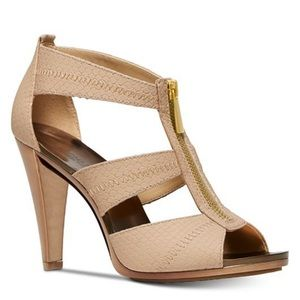 Micheal Kors Berkly T-strap sandals